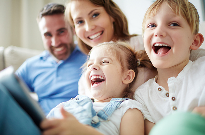 How to Build A Healthy and Strong Family Relationship